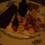 オールドシューズ - MIXナッツにビーフジャーキー&乾きもの色々
