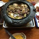 51670174 - 肉なべ 並 1200円×2 (食いかけ)