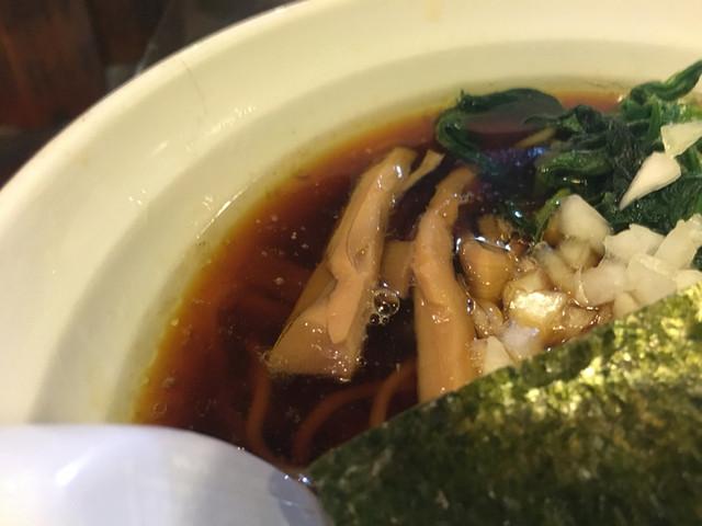 石川家 大宮店 - キレのあるスープ