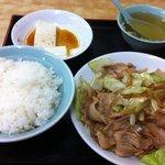 一楽亭 - 焼肉定食850円