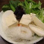 小尾羊 蒙古火鍋しゃぶしゃぶ - 野菜10種盛り合わせ