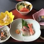 Hanamurasaki - 花ランチの小鉢etc