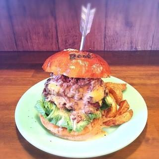 リーフ  バーガー - 料理写真:プルドポークチーズバーガー‼