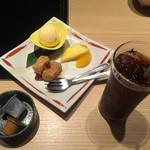 51705713 - 金杯御膳のデザートとアイスコーヒー