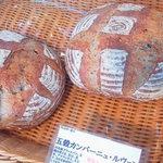 パンの家 小麦屋 - 五穀カンパ