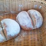 パンの家 小麦屋 - ファンドウ