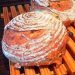 パンの家 小麦屋 - クルミ・レーズン・オレンジ カンパ