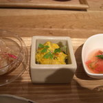 GRAN - 右からトマトと黒しらすのおひたし、蜜芋と南京のサラダ、大根?のポン酢和え?