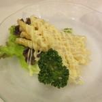 レストラン桂 - サラダ アスパラガスマヨネーズ 500円