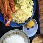 はちりゅう食堂 - 海老フライ定食1000円。