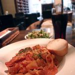 Raperino - ソーセージとジャガイモのトマトソース