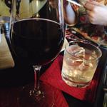 MEETS - 飲み放題の赤ワインがフルボディでしあわせ