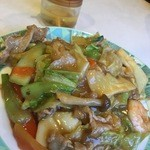 広州園 - 什錦炒麺(やわらかい焼きそば) 750円