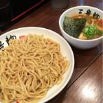 三豊麺 - 濃厚魚介つけ麺 全部乗せ