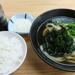 てんぼう - 朝定食(わかめうどんととろろご飯)