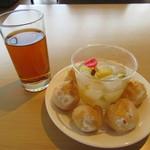 小石川テラス - アールグレイアイスティー、フルーツポンチ、バニラシュークリーム