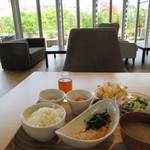 小石川テラス - 一汁五菜ランチセット 920円