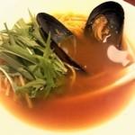 赤白 - オマールエビのだし麺