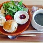 リュックカフェ - マフィンモーニング ¥500-