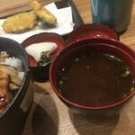 オリーブ天ぷら 玉衣 - 後からきた赤出し