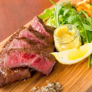 鹿児島県産黒毛和牛のステーキ