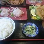 51747131 - 平目刺身とアジフライ定食