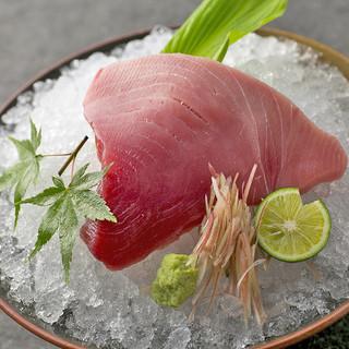魚はウニ~酒のアテまであります!