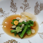 モナリザ - 2016年3月:赤座エビのラビオリと冬野菜、コンソメブイヤベースのキャソレット