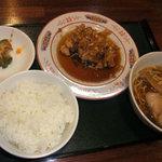 中華そば ほんこん - 油淋鶏(揚げ鶏甘酢)の小皿サービス定食