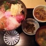 九州酒場 - 海鮮丼750