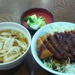 東山ガーデン - 味噌カツ丼 ミニきしめん付き 1000円