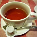 クレッソニエール - 食後には紅茶をいただきました♪