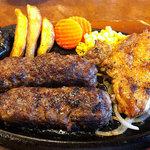 ステーキハウス・ブロンコビリー - 料理写真:炭焼きがんこハンバーグとチキンコンビ