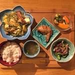バレアリック飲食店 - ゴーヤチャンプルー定食