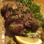 バレアリック飲食店 - まぐろ頬肉のミニステーキ