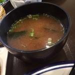 洋食 ひなた - 定食の味噌汁_2016年5月