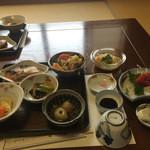 堺屋 - 料理写真:2016/06 おふくろ御膳 (1,000円) + お刺身(500円)