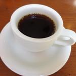 51766706 - ドリンクバーは、コーヒーの他、ジュースや、アイスティーなど。