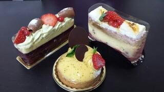 エーグルドゥース - 芸術的なケーキ♪