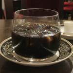 カフェ・ラ・ミル - ダッチコーヒー(ロック)アップ