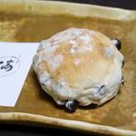 小麦と酵母 満 - 豆ぱん¥170