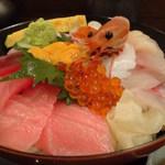 素材食楽「和」 - ご飯より具が多い素材丼、1500円の価値あり