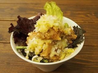 ヴィーガニック トゥー ゴー - 唐揚げ丼