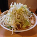 豚星。 - ミニラーメン(野菜¥650)