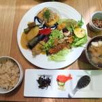 たまな食堂 - 健康志向の方にはぜひともオススメしたいLunch定食