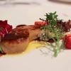 レストラン プランデルブ北鎌倉 - 料理写真:前菜:鴨のフォアグラのポワレ、季節の果実とハーブのサラダ☆