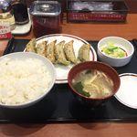 みよしの - 料理写真:野菜ぎょうざ定食(480円)