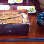 橋本食堂 - きも吸い付き