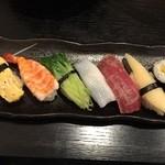 おかざき寿司 - 日替わりすし定食のにぎり寿司