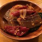 ガテモタブン - ガテモタブン(東京都渋谷区上原)干し肉のパクシャパ(豚肉&トウガラシ) 1100円